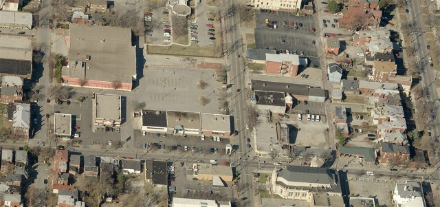 Aerial view of the Oak Street corridor. (Courtesy Bing)