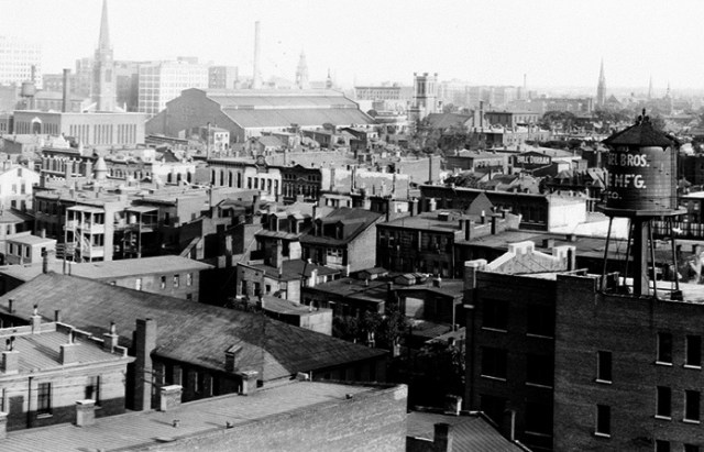The armory and its surroundings as viewed from the roof of the Glassworks building in 1906. (Courtesy HABS / Library of Congress)
