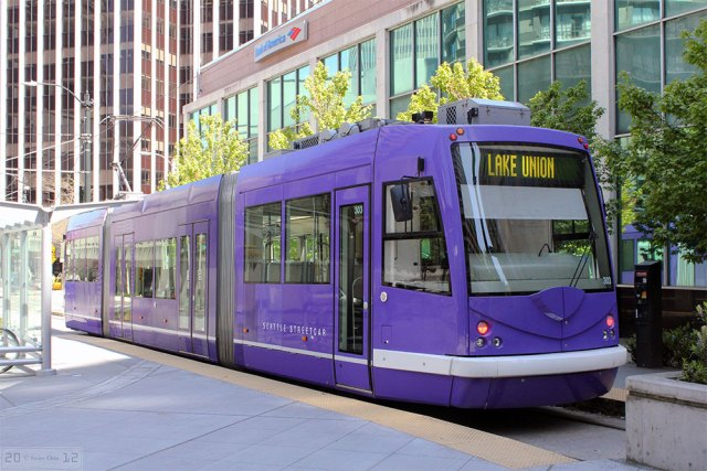 A modern streetcar system in Seattle's Lake Union neighborhood. (Swire / Flickr)