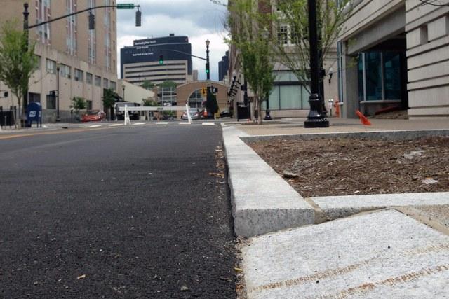 Special curbs were installed to make it easy for food trucks to pull up. (Elijah McKenzie / Broken Sidewalk)
