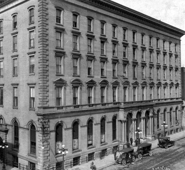 The Galt House in 1920, the year after it closed and the year before it was demolished. (Courtesy UL Photo Archives - Reference)
