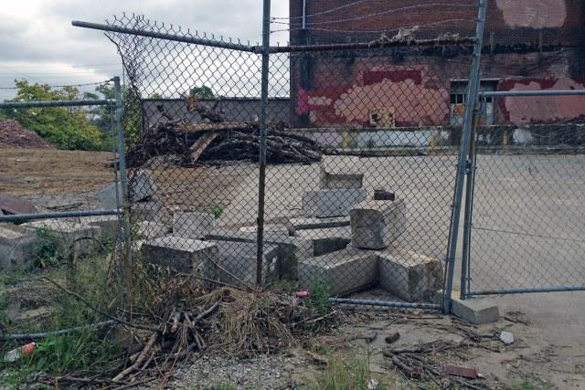 27-louisville-logan-lampton-demolition-preservation