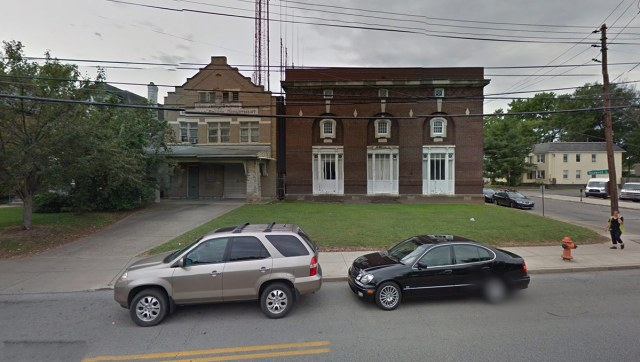 The two buildings at 1300–1306 Bardstown Road. (Courtesy Google)