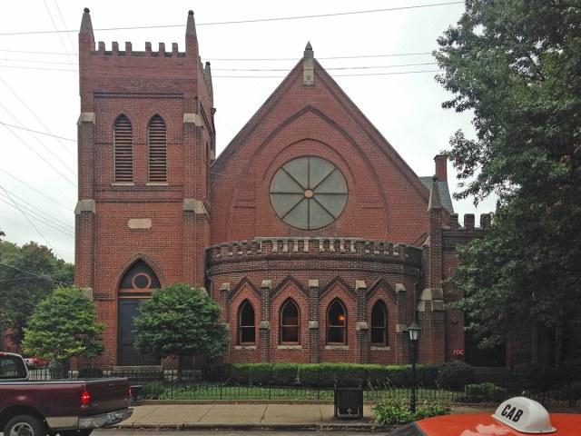 A Dismas Charities facility in Old Louisville. (Branden Klayko / Broken Sidewalk)