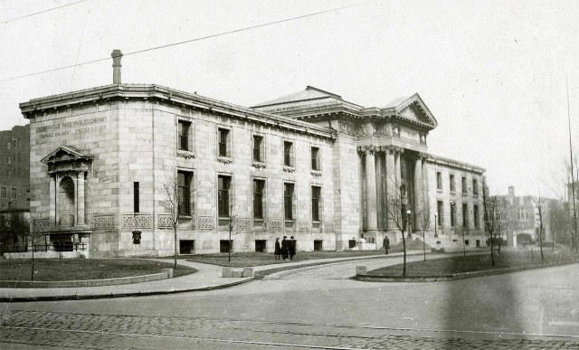 Main Branch of the Louisville Free Public Library in November 1923. (Courtesy of the National Park Service, Frederick Law Olmsted National Historic Site)