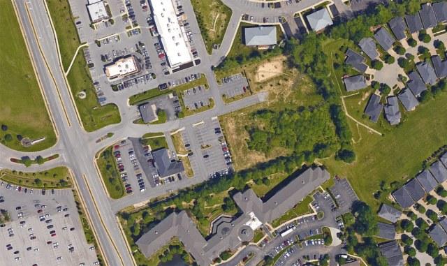 03-blankenbaker-center-2-louisville-office-park