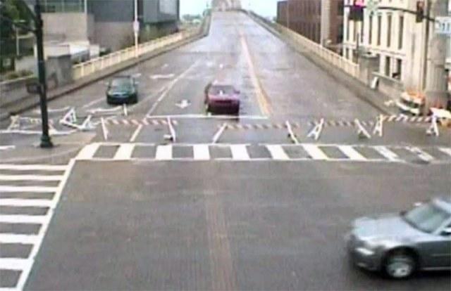 The closed Second Street Bridge. (Trimarc)