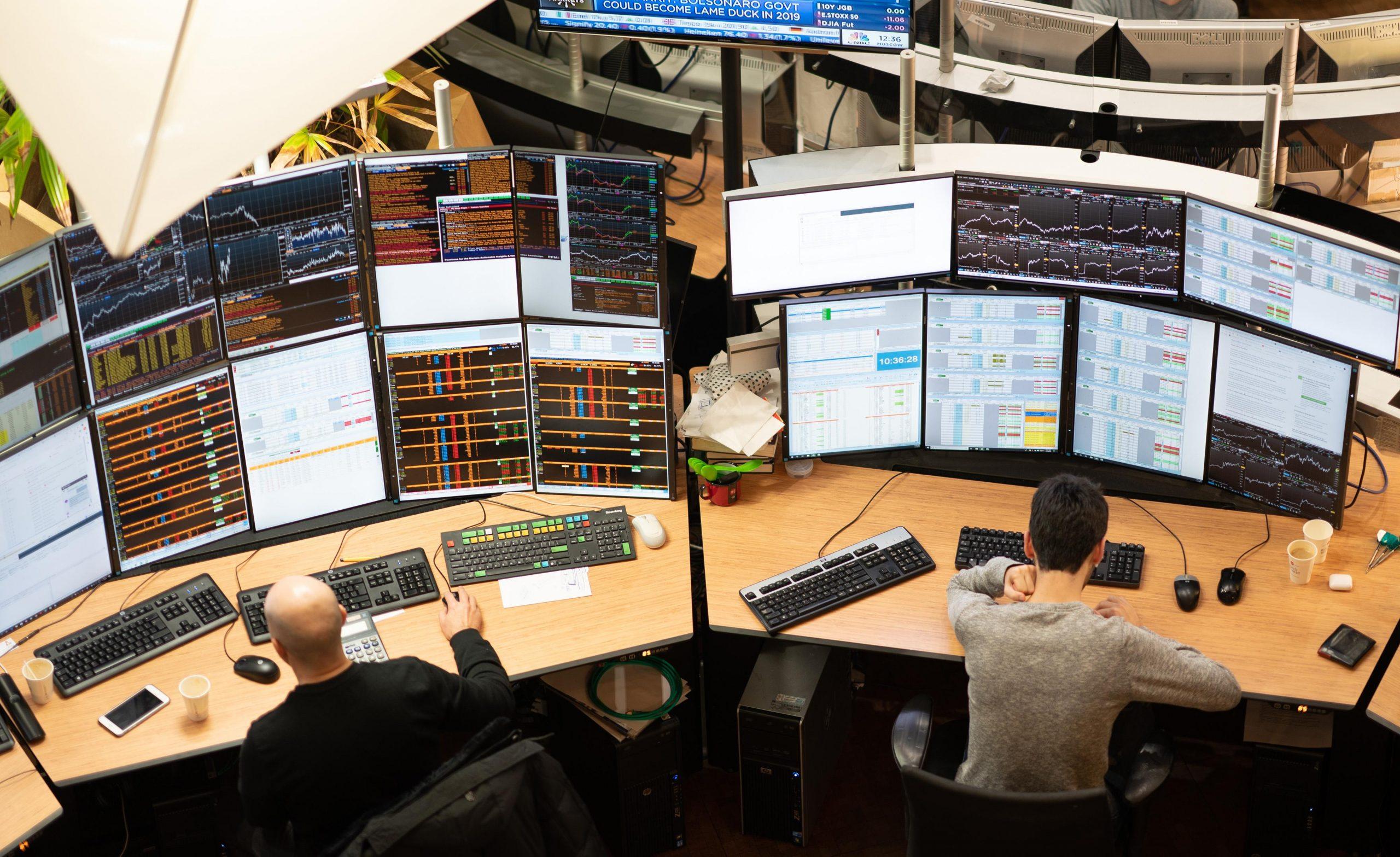 Menyusun Strategi Trading Forex Paling Aman - Broker Forex Terbaik