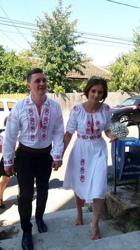 nunta romaneasca tinuta