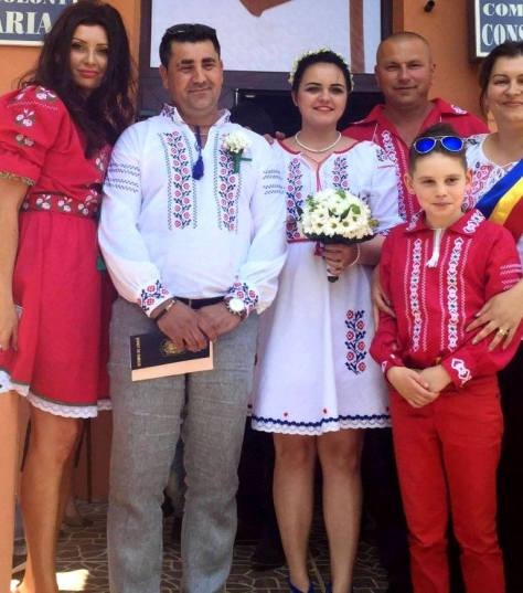 nunti botezuri traditional costumatie rochii camasi (8)
