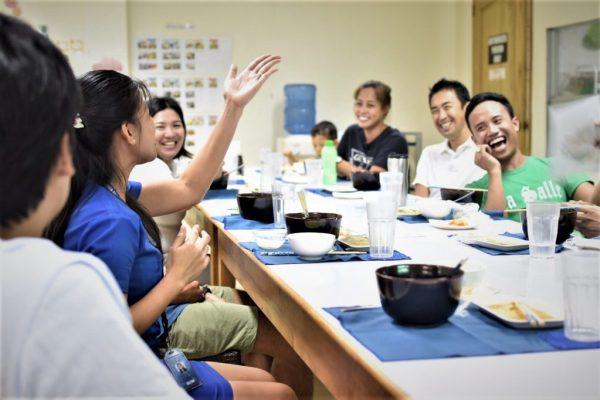 菲律宾游学 推荐给熟龄与零基础的半百小资族