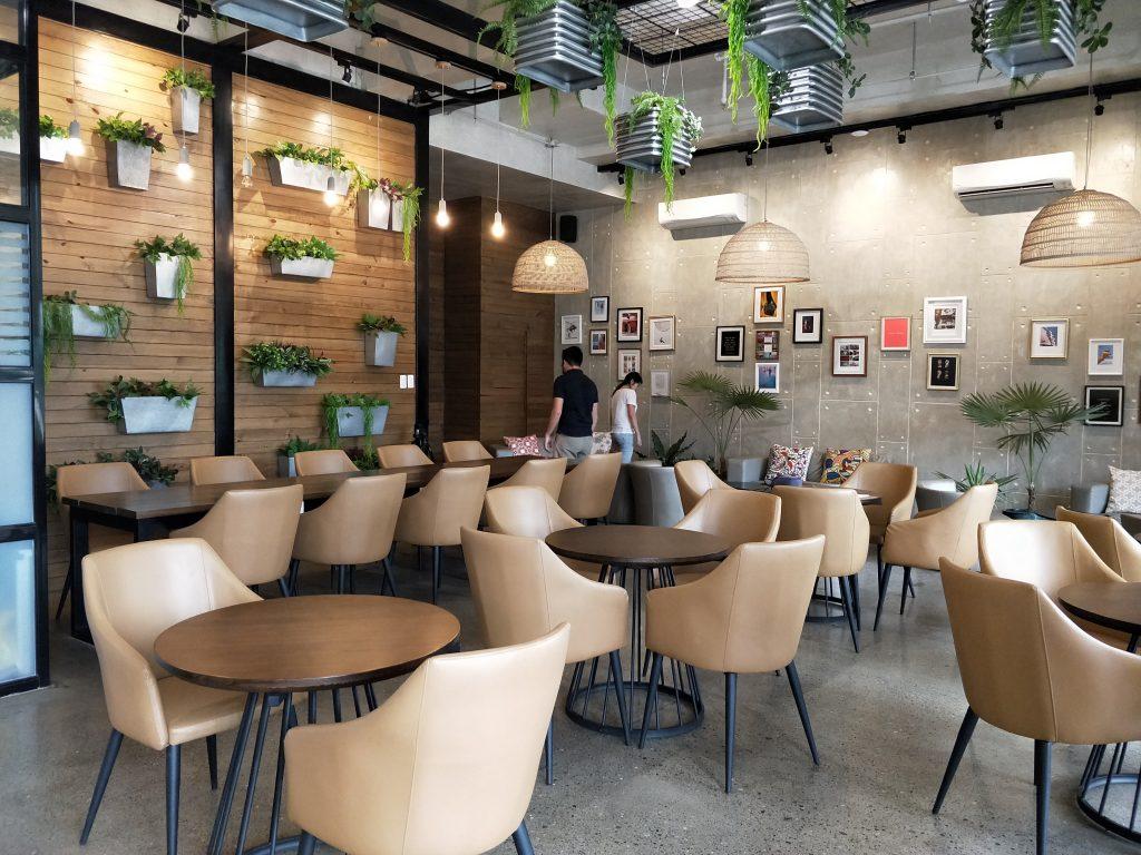 菲律宾游学生活 - Cella Two 校区的 Cafe Selva