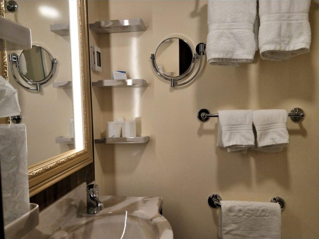 歌诗达威尼斯号 - 浴室