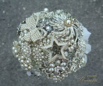 Silver Star Pearl Brooch Bouquet 2