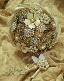 Vintage Gold Pearl Ivory Bling Brooch Bouquet 2