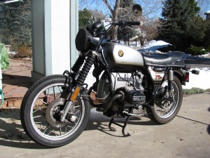 Grey Ghost - 1975 BMW R75/6 Buck Naked