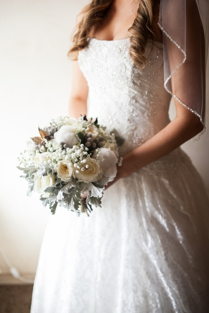 rustic cotton wedding bouquet