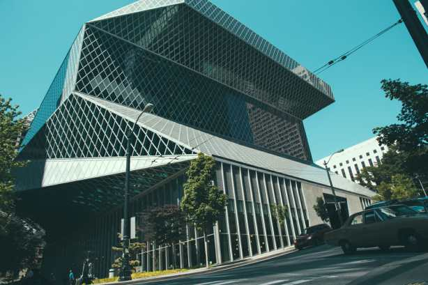 Seattle Public Library on the walk to the Market