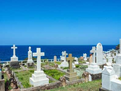 Cemetery between Bronte & Clovelly