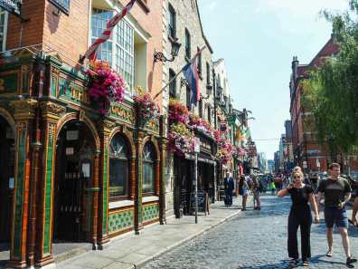 Bustling Temple Bar