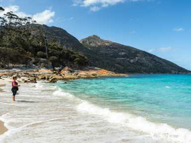 Splashing around at Wineglass Bay