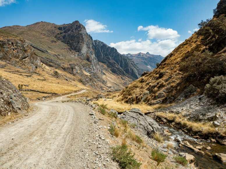 Walking on the road to Quartelhuain