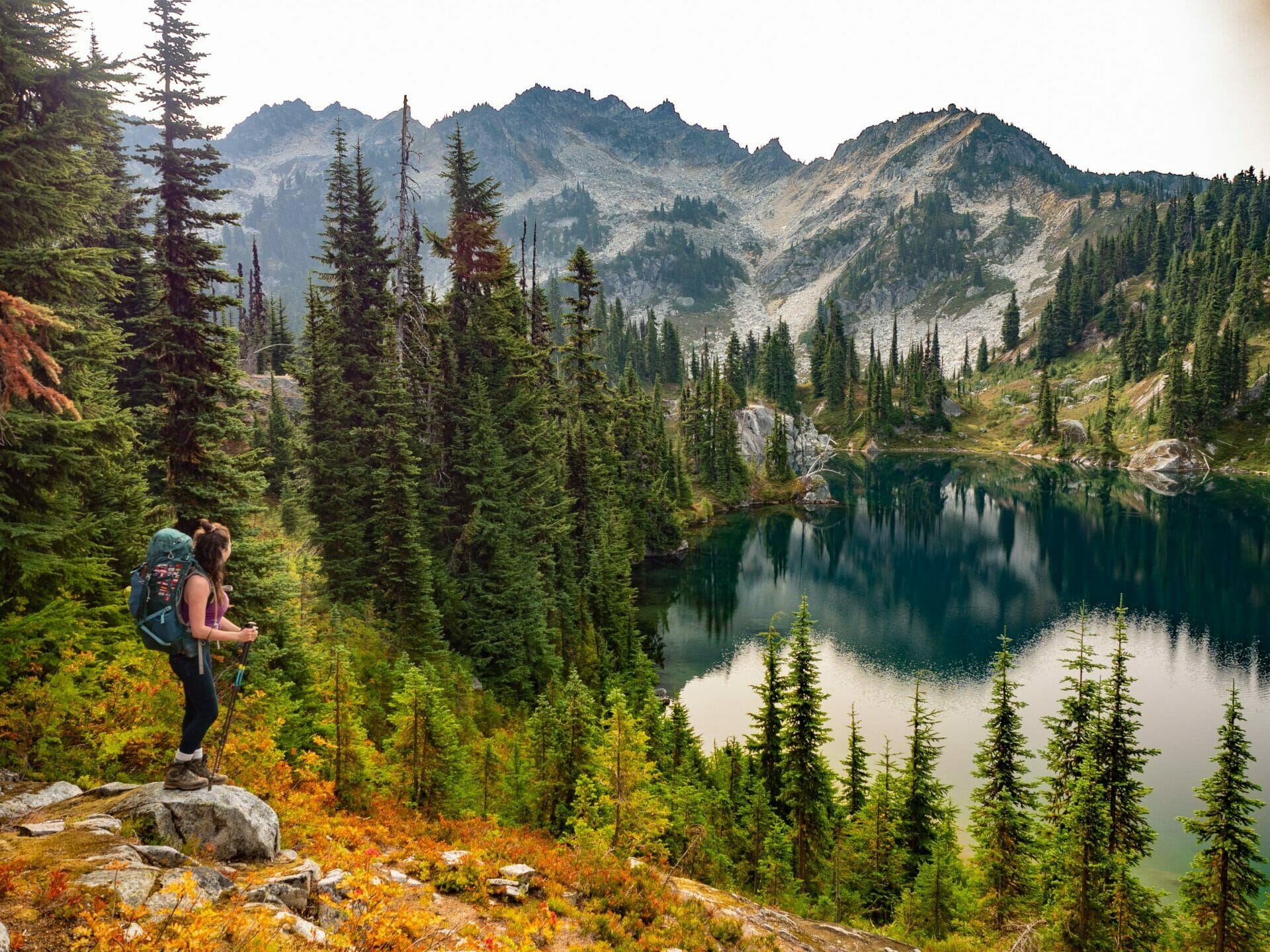 girl hiking Chain Lakes Alpine Lakes Wilderness