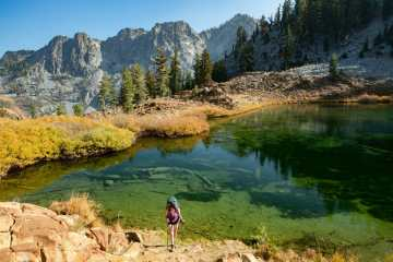 Trinity Alps Four Lakes Loop hike