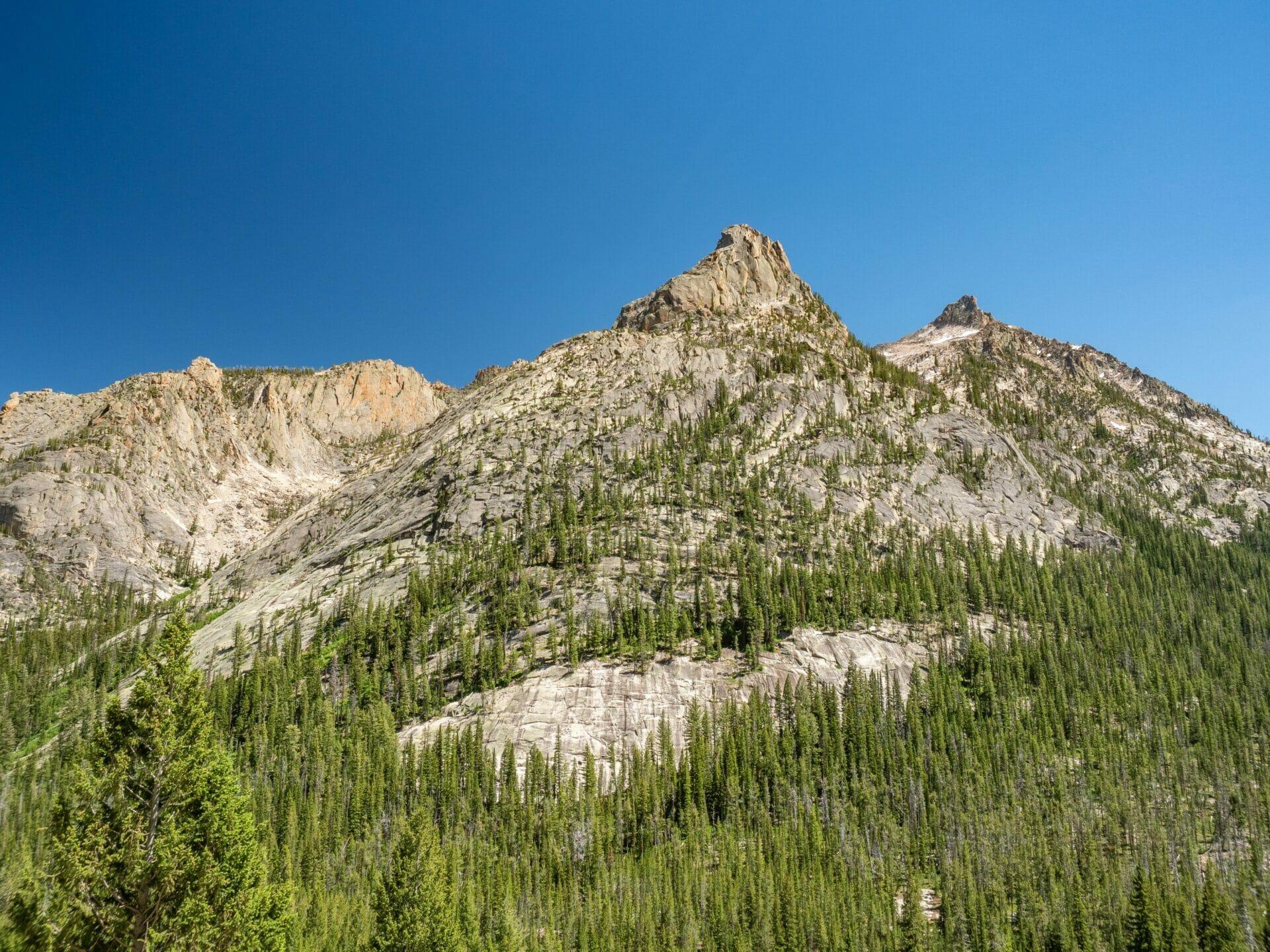 Alpine Lake Baron Lakes best hikes Sawtooth Mountains Idaho