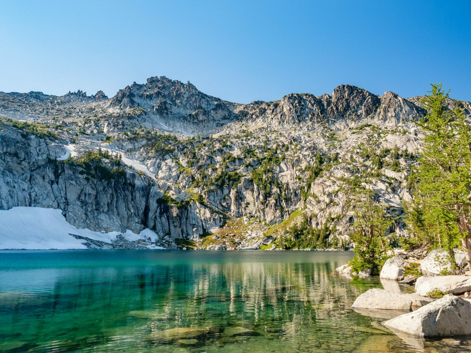 Enchantments day hike thru-hike in 1 day Alpine Lakes