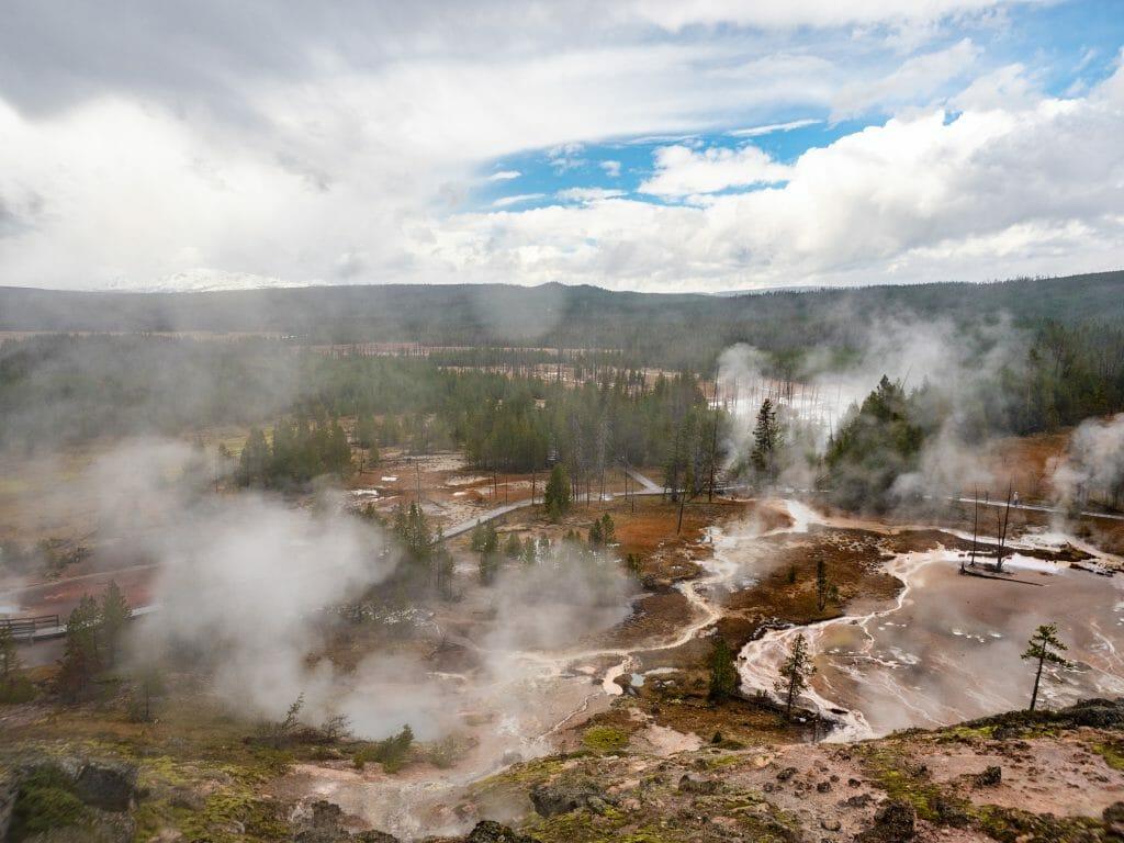 Yellowstone National Park itinerary winter
