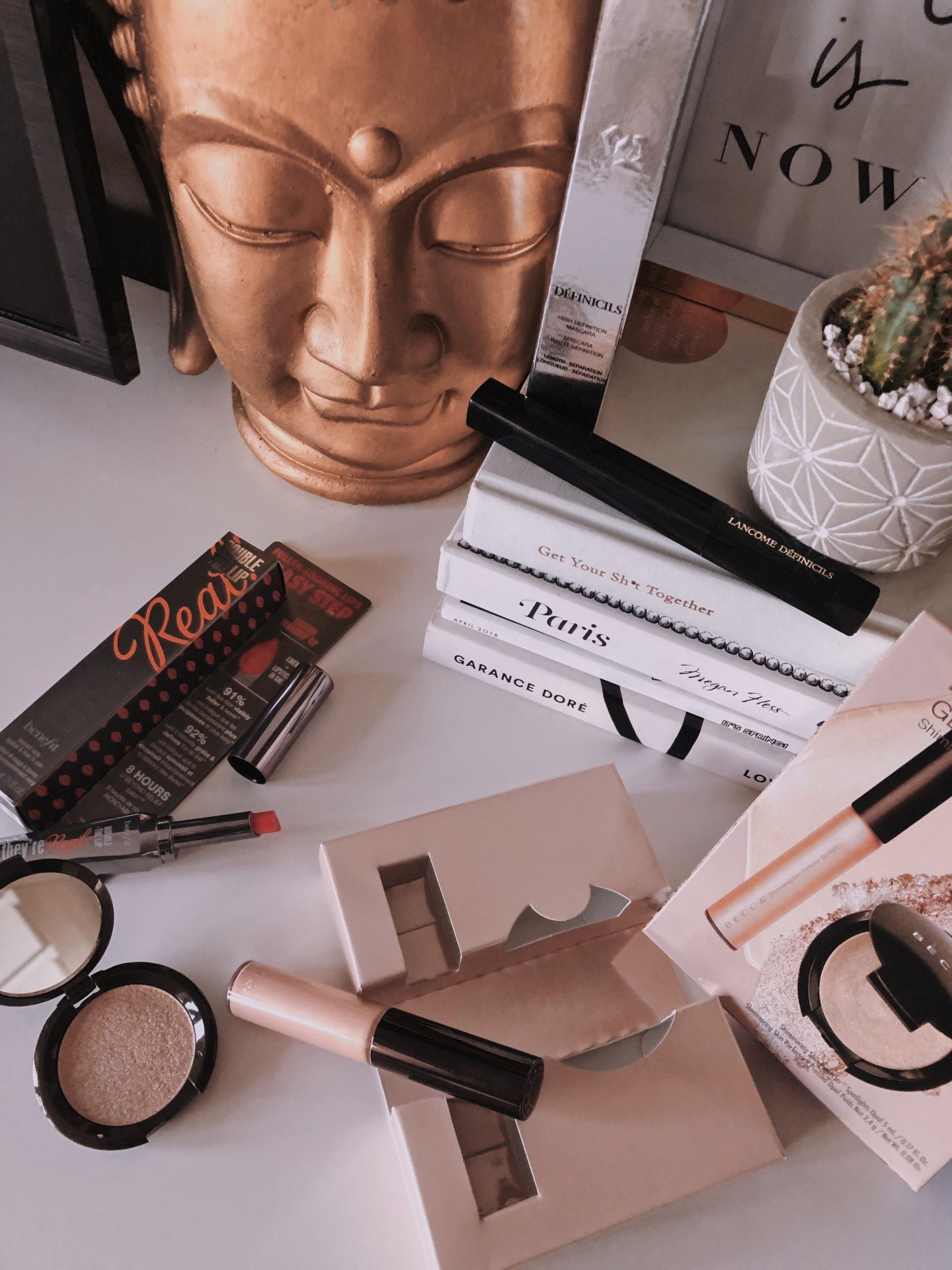 February 2019 Look Incredible Deluxe Subscription Box