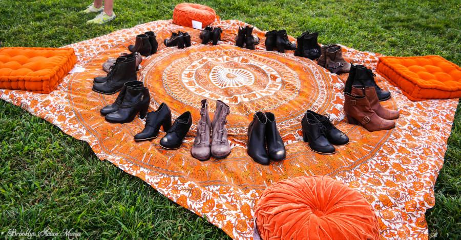 Yoga-in-Brooklyn-Bridge-Park-With-Miz-Mooz-Shoes