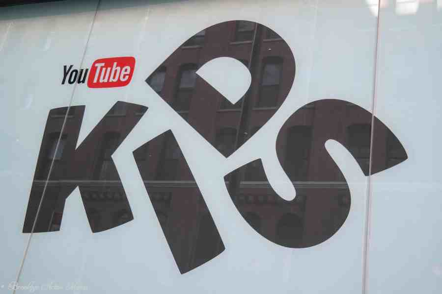 Why Every Mom Should Download The YouTube Kids App