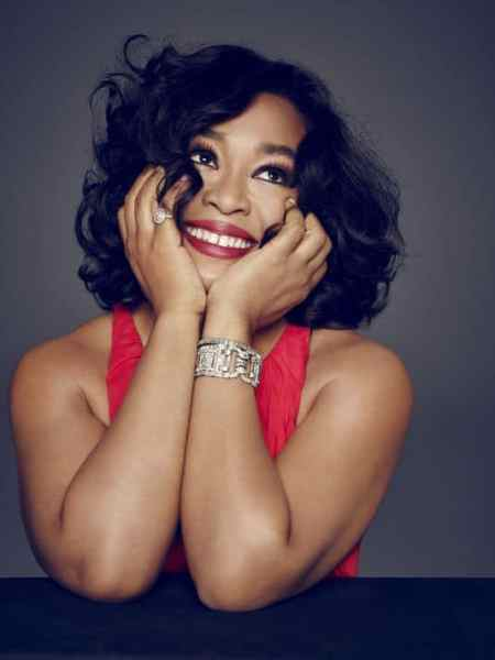 """Shonda Rhimes Talks Weight Loss, Parenting & Marriage in """"Year Of Yes"""""""