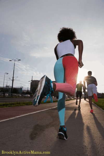 6 Expert Running Bloggers Share The Best And WORST Race Advice EVER.