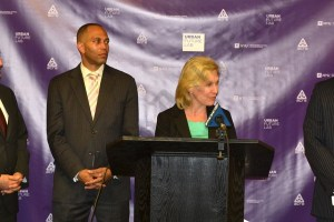 Senator Gillibrand Tech Legislation 08/12/2014 - Brooklyn Archive
