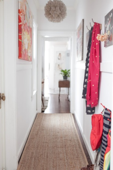 jordan-ferney-apartment-san-francisco-small-apartment-tips-hallway-