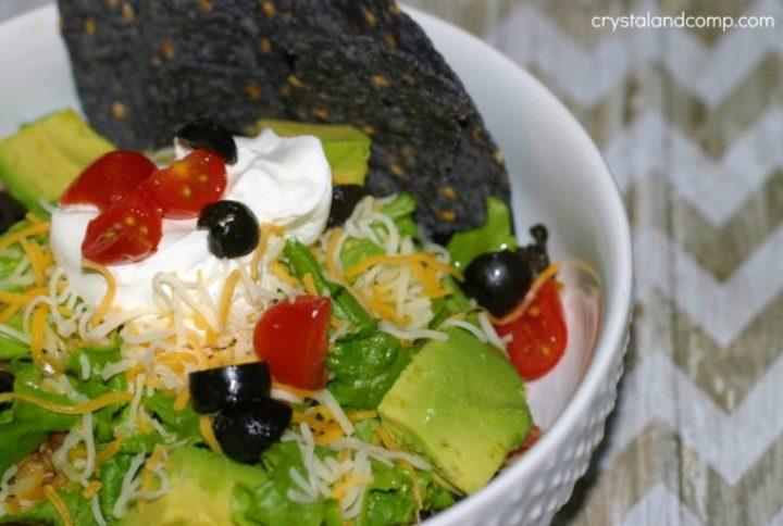 healthy-taco-salad--1024x689