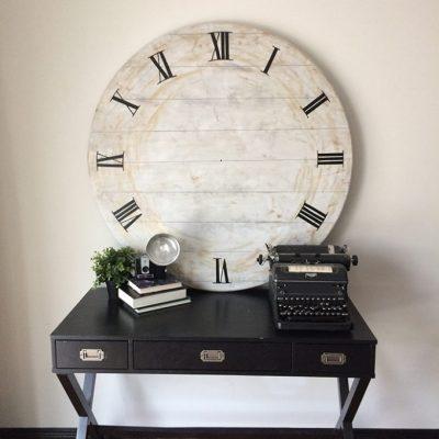 DIY Giant Clock – an upcycle challenge