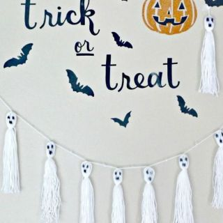 Halloween Craft Ghost Tassels