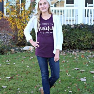 Fashion Friday – Thankful Grateful Blessed