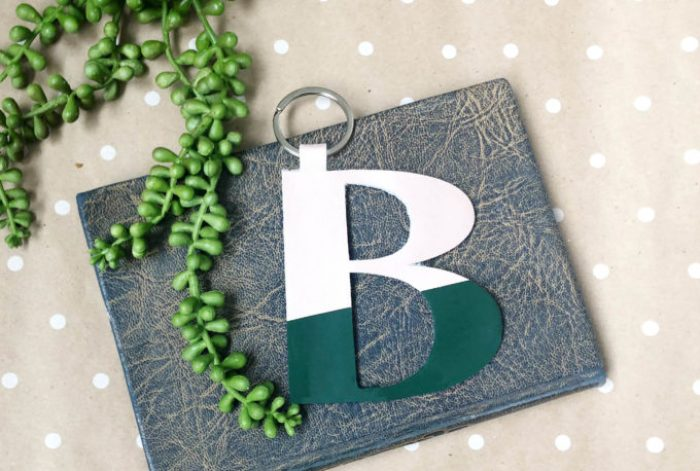 How to make leather monogram charms using the Cricut Maker. This easy Cricut project is so easy to make, you can gift one to all your friends!