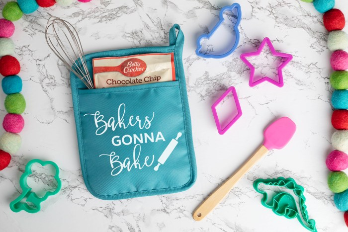 Potholder baking mix gift set