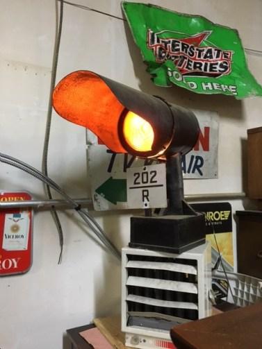 TRAIN DIRECTIONAL LIGHT