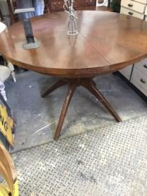 MID CENTURY MODERN ROUND TABLE