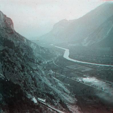 """Box01S07 - """"Vallée du Rhone vue du ???? pres ??? anglaise - Martigny Suisse 1928"""""""