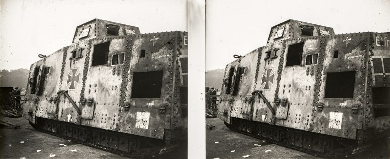 "Stereoscopic image depicting a side view of A7V ""Elfriede"" at the Place de la Concorde."