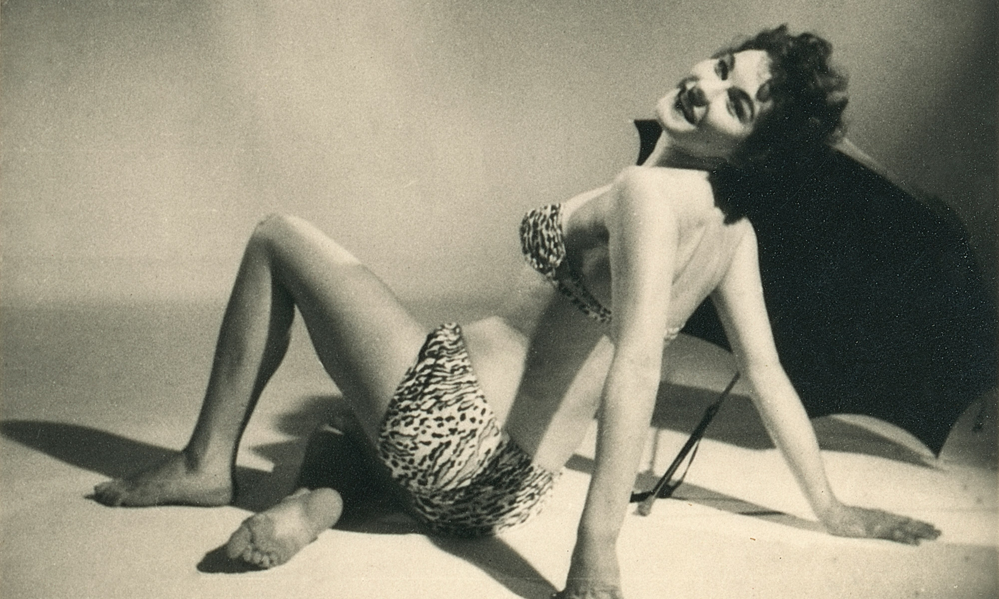 "Stanley Long's Second-Rate 3D Pin-Ups: ""A bevy of British Beauties"""