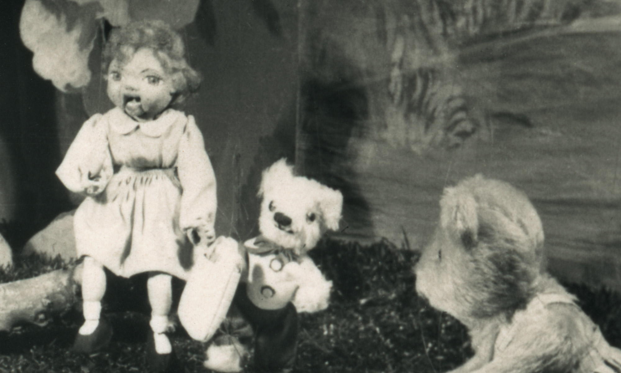Header image for Halloween Puppet Theatre post